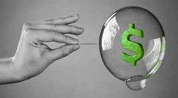 و در این مطلب میخواهیم در مورد حباب اقتصادی یا همان حباب قیمت صحبت کنیم و دلیل بوجود آمدن حباب قیمت ها را با هم بررسی کنیم
